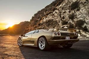 Hintergrundbilder Lamborghini Hinten Gold Farbe Diablo