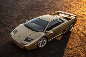 Photo Lamborghini Gold color Diablo