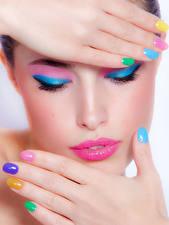 Fotos Lippe Gesicht Schminke Hand Maniküre junge Frauen