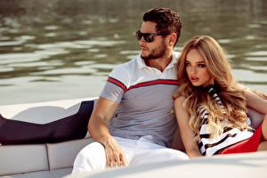 Fonds d'écran Homme Couples dans l'amour Deux Lunettes Aux cheveux bruns Glamour
