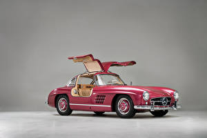 Picture Mercedes-Benz Retro Pink color Metallic 1956 300 SL automobile