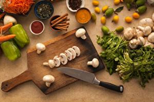 Fotos Pilze Gemüse Gewürze Zimt Paprika Messer Schneidebrett