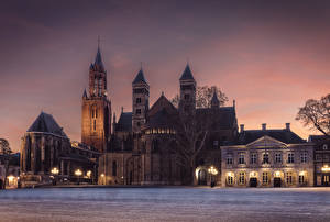 Hintergrundbilder Niederlande Tempel Kirche Nacht Straßenlaterne Maastricht