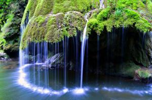 Bilder Rumänien Wasserfall Laubmoose Felsen Bigar Waterfall Natur