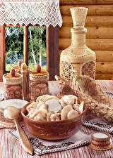 Hintergrundbilder Stillleben Sauerrahm Hölzern Pelmeni Fenster Kanne Lebensmittel