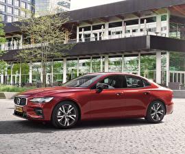 Fotos Volvo Bordeauxrot Metallisch 2018-19 S60 T5 R-Design Worldwide Autos