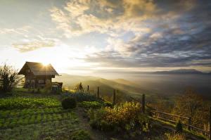 Bilder Österreich Sonnenaufgänge und Sonnenuntergänge Haus Felder Hügel Herbststimmung Magdalensberg Natur