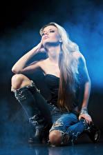 Hintergrundbilder Blond Mädchen Jeans Mädchens