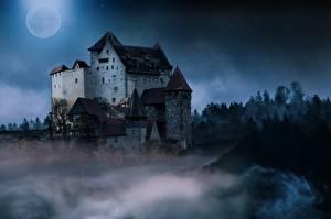 Bakgrundsbilder på skrivbordet Borg Natt Månen Dimma Fantasy