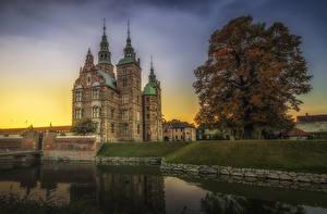 Image Denmark Copenhagen Castles Pond Sunrises and sunsets Trees castle Rosenborg Cities