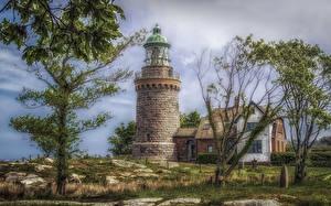Fotos Dänemark Gebäude Leuchtturm Bäume HDRI Hammeren Lighthouse Natur