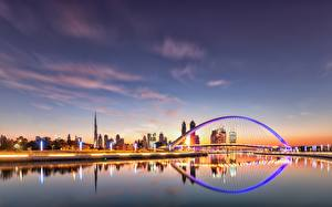 Bakgrunnsbilder Kveld Himmelen Dubai De forente arabiske emirater En bro Kanal farvann Byer