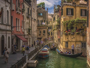 Wallpapers Italy Boats Motorboat Venice Canal Street Cities pictures images