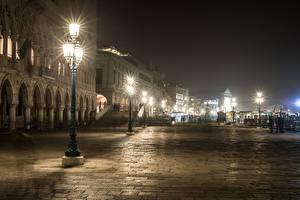 Hintergrundbilder Italien Venedig Nacht Straßenlaterne Straße
