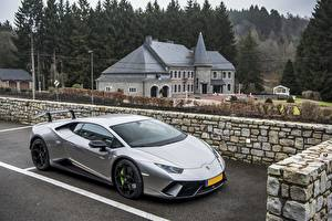 Fotos Lamborghini Parkplatz Grau Performante Huracan