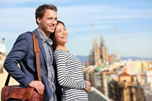 Fotos Mann Handtasche Zwei Lächeln junge frau