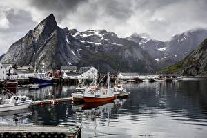 Images Norway Pier Lake Mountains Motorboat Crag Reine, Lofoten Islands Nature