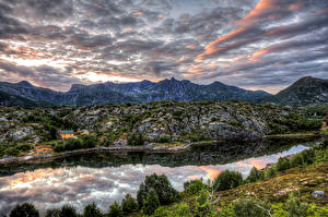 Hintergrundbilder Norwegen Berg Fluss Himmel Strauch HDR Kabelvaag Nordland Natur