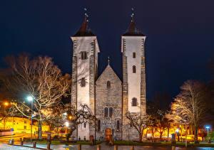 Hintergrundbilder Norwegen Tempel Kirchengebäude Bergen Nacht Straßenlaterne