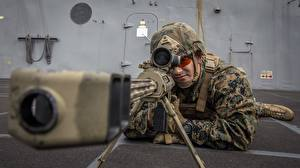 Fotos Soldaten Gewehr Scharfschützengewehr Mann Scharfschütze Heer