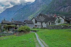 Fonds d'écran Suisse Bâtiment Montagnes Village Herbe Sentier Ticino, Val Bavona Villes