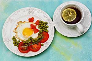 Bilder Tee Tomate Grüne Erbsen Frühstück Teller Spiegelei Tasse Herz Untertasse