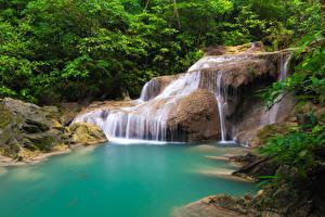 Sfondi desktop Thailandia Tropici Parco Cascate Alberi Falesia Natura