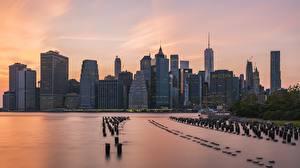 Photo USA Skyscrapers Sunrises and sunsets New York City Manhattan Megapolis Cities