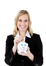 Bilder Weißer hintergrund Blondine Lächeln Hand Starren Sparschwein Mädchens