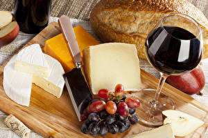 Images Wine Cheese Grapes Bread Cutting board Stemware Food