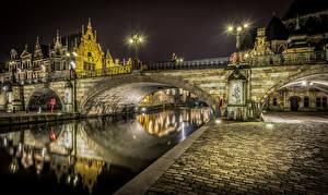 Fotos Belgien Haus Fluss Brücke Brügge Straßenlaterne Nacht