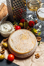 Pictures Cheese Tomatoes Nuts Olive Wine Stemware Food