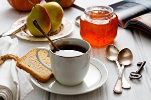 Fotos Kaffee Powidl Brot Birnen Tasse Weckglas Löffel Schlüssel