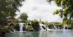 Hintergrundbilder Kroatien See Wasserfall Zrmanja