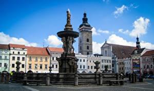 Picture Czech Republic Sculptures Building Fountains Town square Budweis Cities