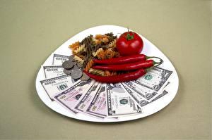 壁纸、、ドル、紙幣、貨幣、トマト、コイン、唐辛子、皿、色の背景、マカロニ、食品