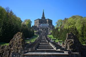 Fonds d'écran Allemagne Parc Sculptures Escalier Falaise  Villes images
