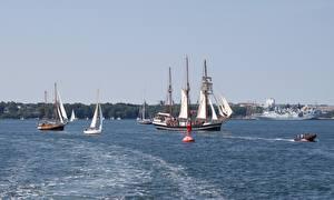 Fotos & Bilder Deutschland Schiffe Segeln Baltic sea, Mecklenburg Städte