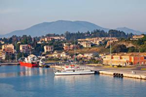 Bilder Griechenland Gebäude Bootssteg Schiffe Bucht Corfu Städte