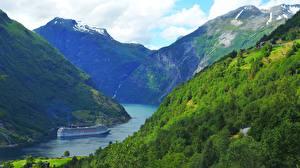 Hintergrundbilder Norwegen Schiffe Kreuzfahrtschiff Gebirge Geiranger fjord Natur