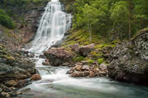 Bilder Flusse Steine Wasserfall Felsen Natur