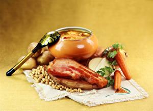 Fotos Tischdecke Stillleben Suppe Gemüse Speck das Essen