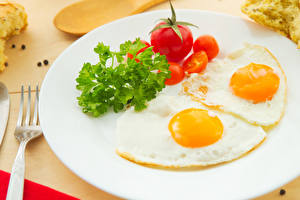 Pictures Vegetables Tomatoes Breakfast Plate Fried egg Food