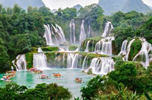 Pictures Waterfalls Boats China Vietnam Detian, Chungking Nature