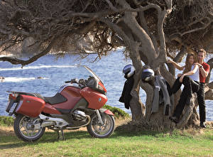 Wallpaper BMW - Motorcycle Men Helmet Two 2003-09 R 1200 RT Motorcycles Girls