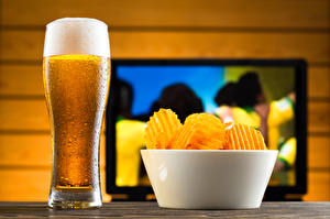 Picture Beer Highball glass Foam Chips Bowl Food
