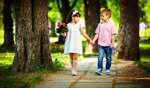 Fonds d'écran Bouquets Garçon Petites filles Balade Enfants