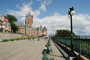 Picture Canada Castles Quebec Bench Street lights Fence Hotel Chateau Frontenac Cities