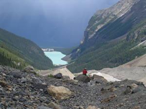 Hintergrundbilder Kanada See Steine Gebirge Park Banff Felsen Reisender lake Louise, Rocky Mountains, Alberta Natur
