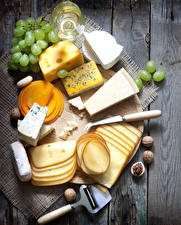 Wallpaper Cheese Grapes Nuts Boards Cutting board Sliced food Food